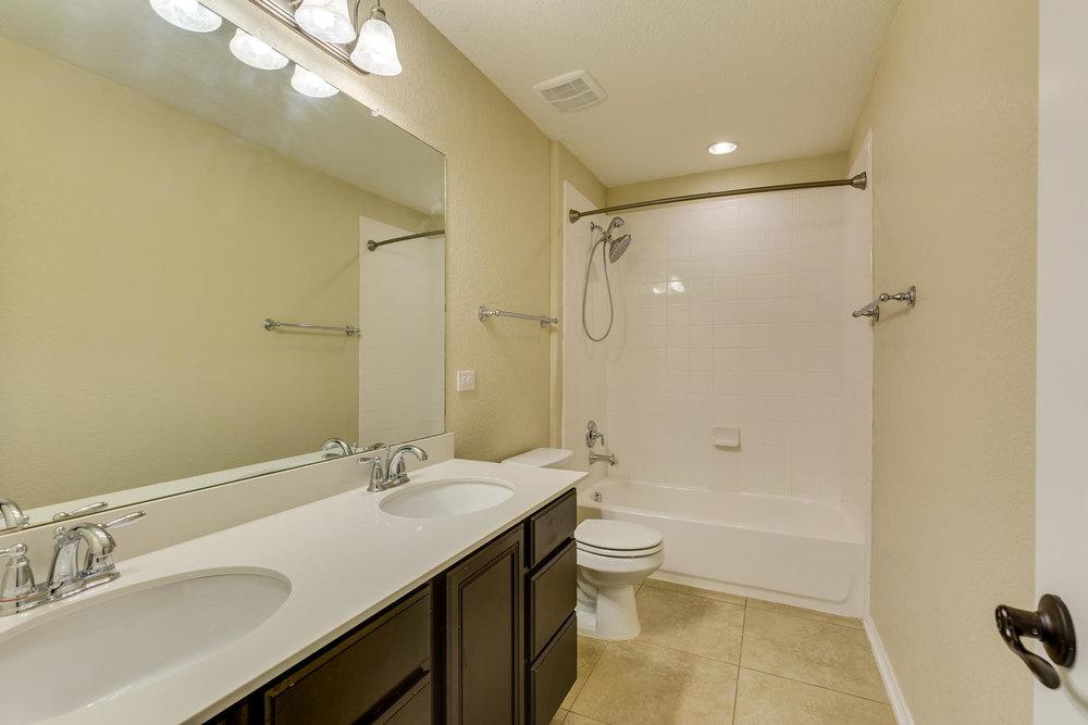 13743 Sungrove View    San-large-020-17-Bathroom-1500x1000-72dpi.jpg