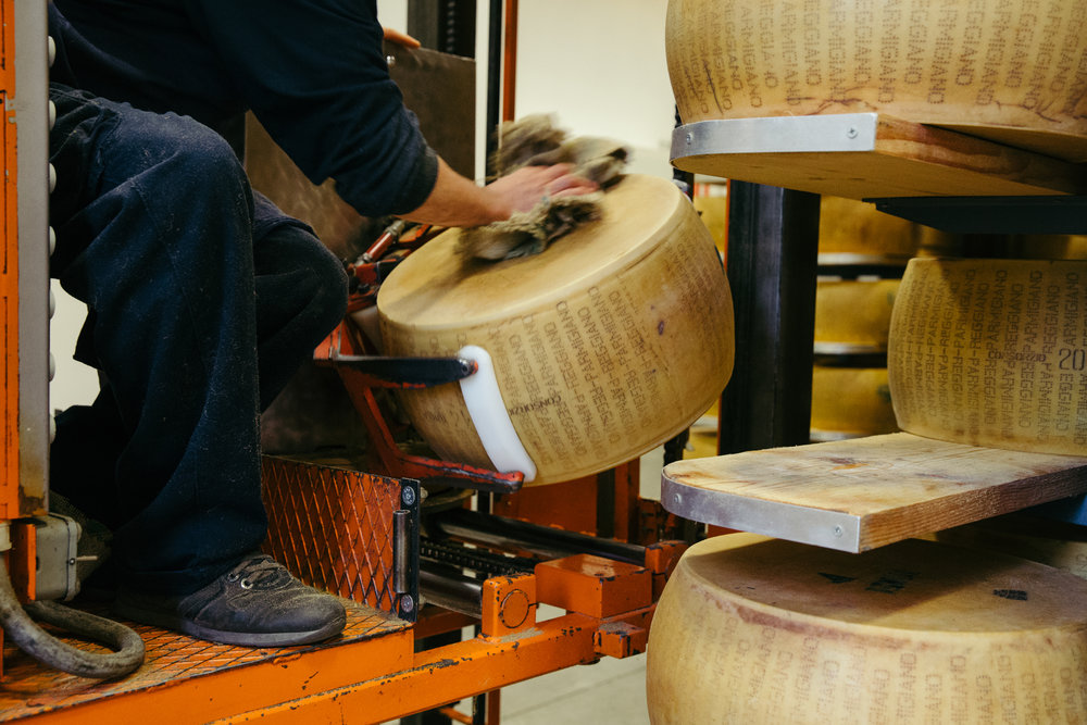 Parmigiano details - Cheesemaker Massimo LibraLatterie 2659 in Benedello di Pavullo, est. 1973Unpasteurized cow's milkAffineur Giorgio Cravero in Bra, est. 1855Wheels sold as 80 lbs whole, 9.5 lbs eighths