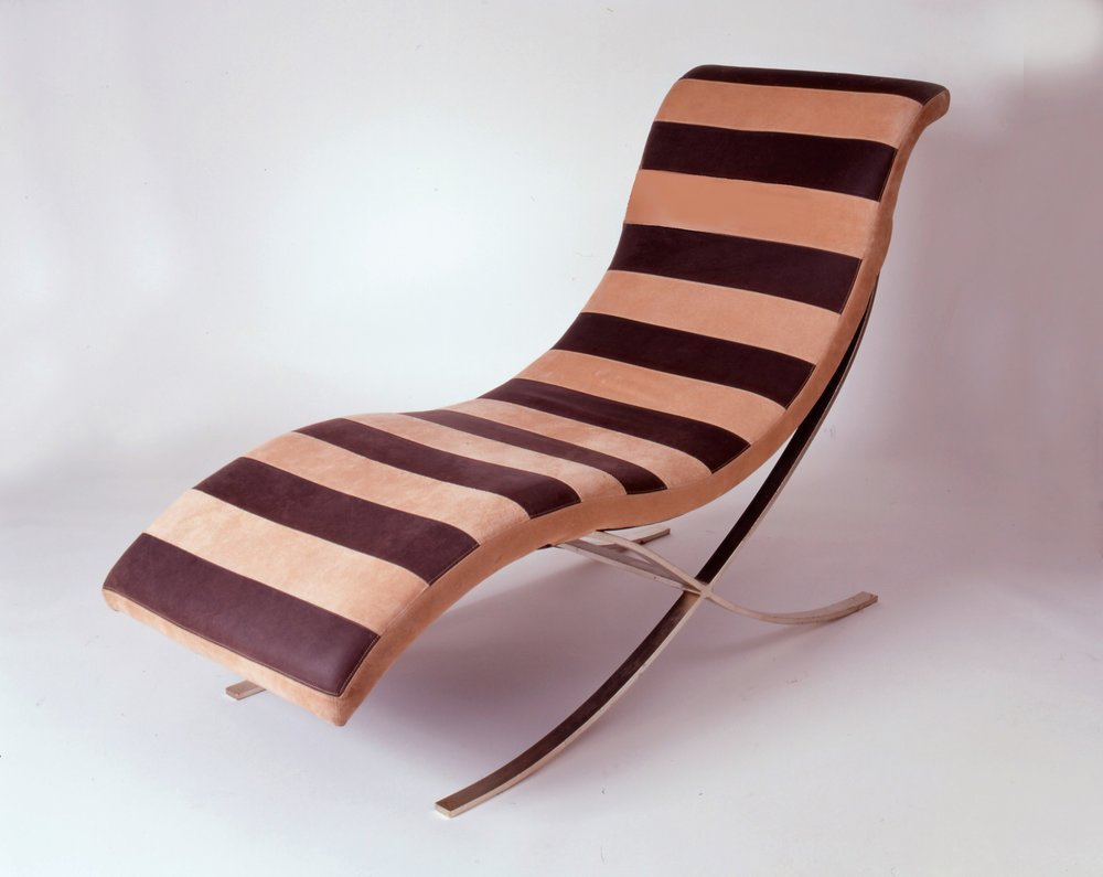 Transitional Mid-Century Modern Lounger
