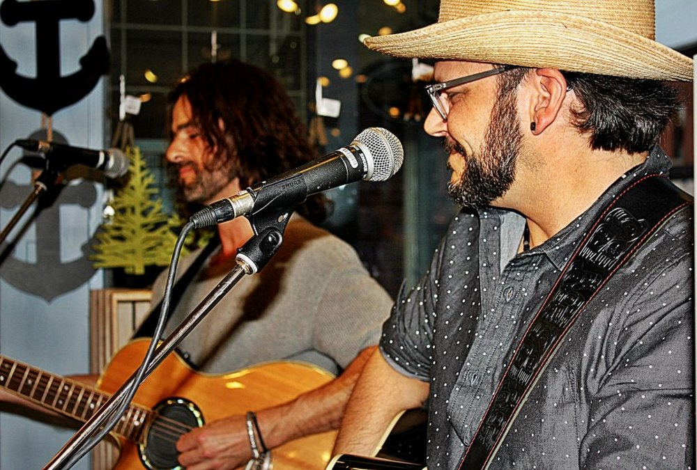 Ottawa-based Canadiana-roots duo Etoile Noire perform at The Papery on Bank Street during Marvest Friday night. Photo by Terry Steeves.