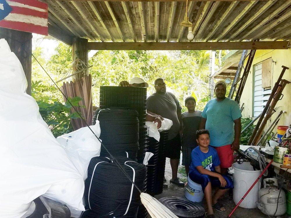 Donaciones Solidarias - Solicita Ahora -- A ocho meces del paso de la huracana María seguimos comprometidos con las reconstrucción de la isla! Siguiendo nuestro compromiso tenemos una iniciativa de pequeñas donaciones para grupos comunitarios, proyectos y fincas agroecológicas, y pescadores. Consigue las guias y la solicitud haciendo clic en los siguientes botones. #BorikénFlorece