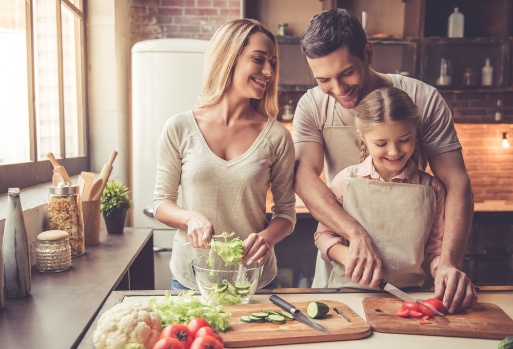 Family Cooking shutterstock_556495069.jpg