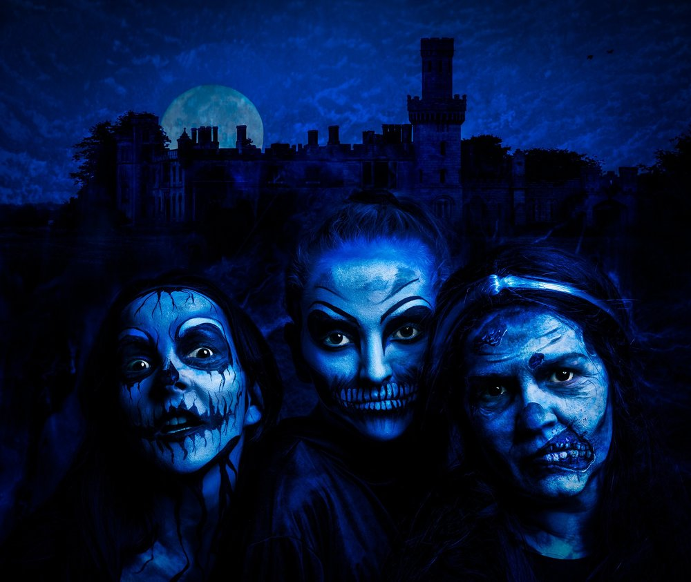 3. Halloween Horror Nights - Head over to Universal Studios for Halloween Horror Night until November 4. Navigate through any of eight haunted mazes, watch a stage show, take a tram ride, investigate a 'scare zone,' and much more is available this month. Buy your ticket online now!