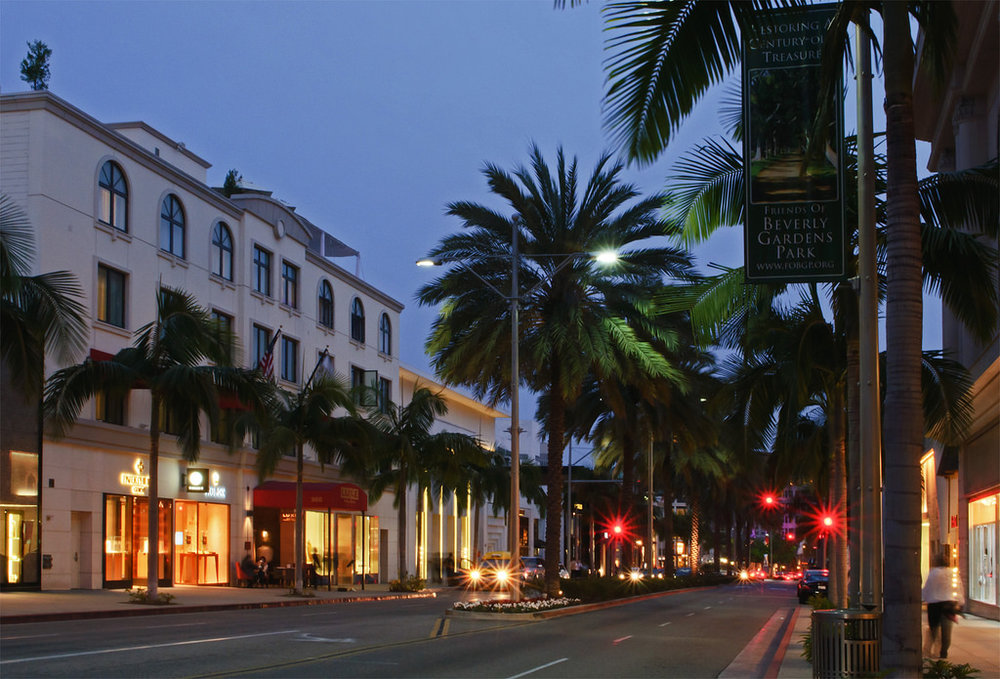 4. Lighting of Rodeo Drive