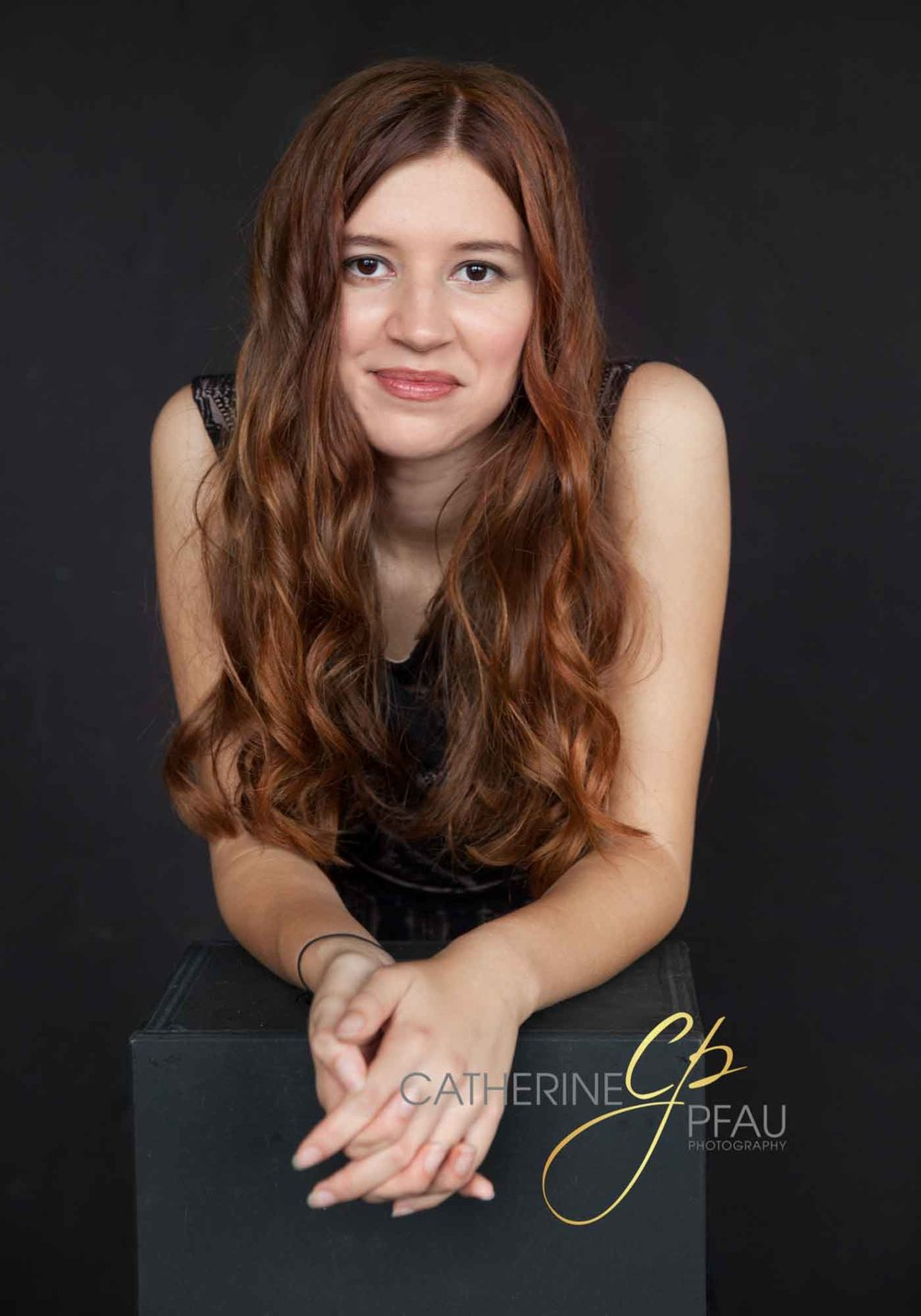 catherinepfau_photography_contemporaryportrait_seniorportrait_13_thumb.jpg