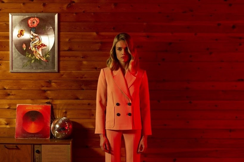 Florrie // Real Love - WATCH IT HERE!often find myself watching this video when I'm feeling creatively stunted. The 60s/70s aesthetics is jaw dropping gorgeous and gives serious Wes Anderson vibes. 10/10 recommend viewing if you're looking to be inspired.- Shelby