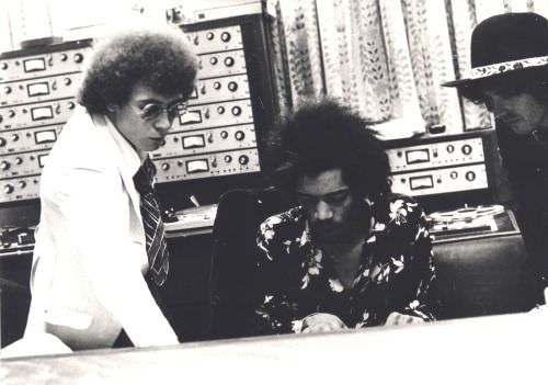 Jimi Hendrix at TTG Oct 21 19684.jpg
