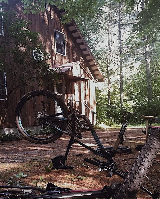 Are peddling #crosscountry through the Adirondack area? The Llama House is the perfect stop to rest up & work on your bike before you set back off on your #adventure! Book your stay today!⠀ ⠀ DM us or find us on @airbnb to discuss the details of your stay!⠀ ⠀