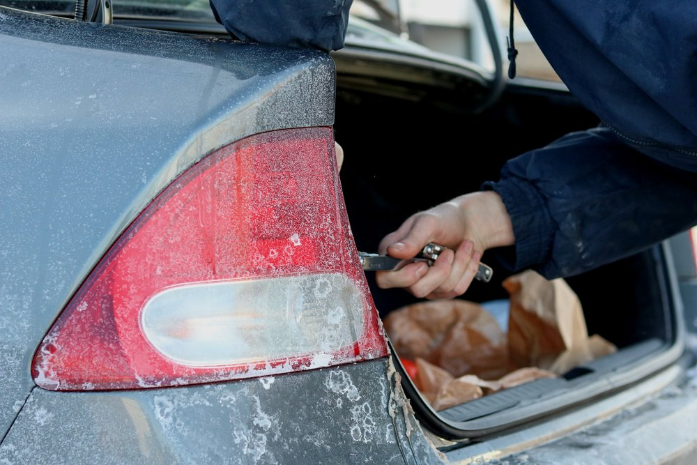 Volunteers were equipped with a variety of tools and brake light bulbs.