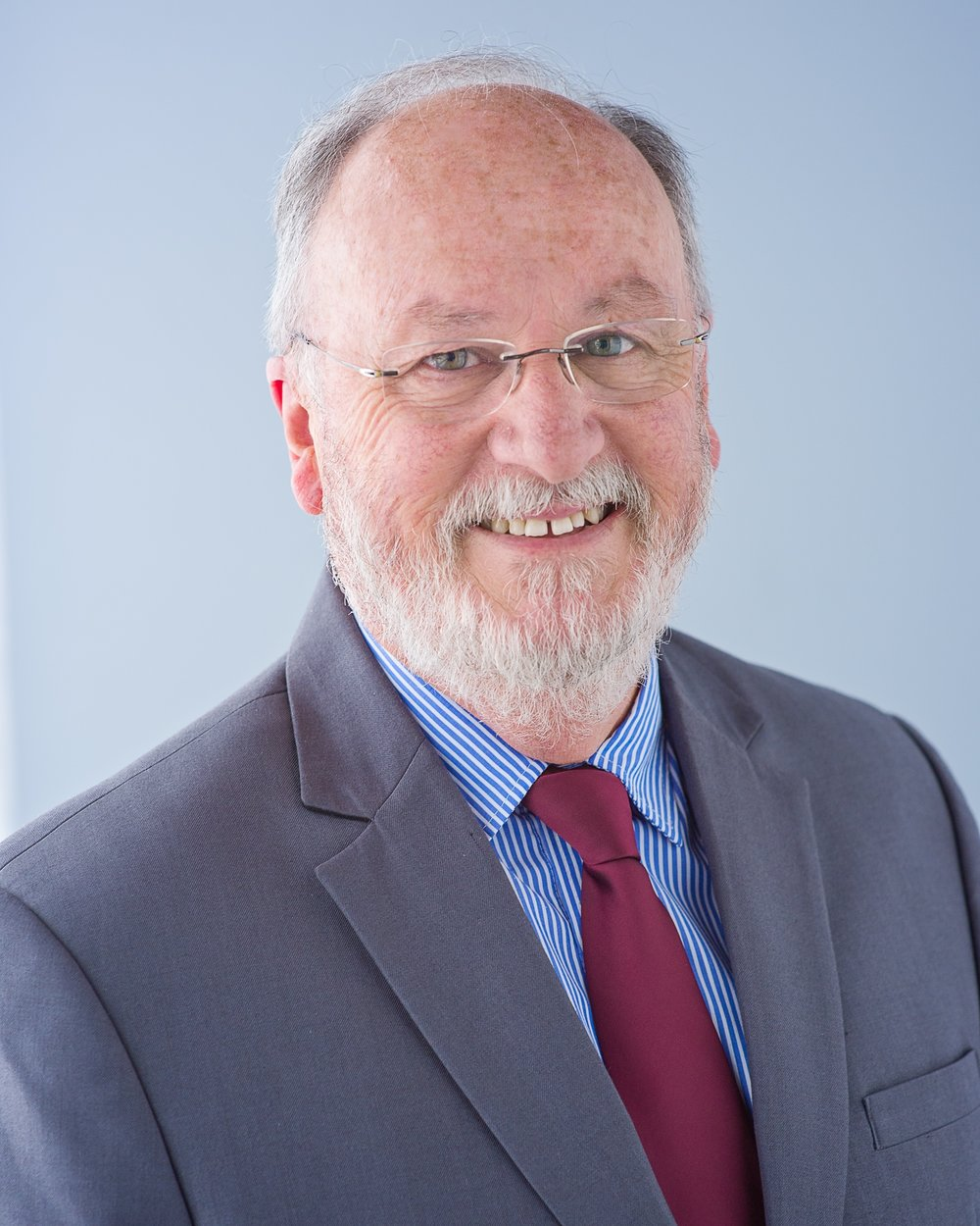 Graeme can assist you to resolve employment law issues expertly, promptly, professionally, cost-effectively and realistically.