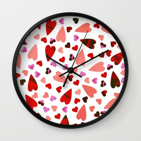 scatter-my-heart-wall-clocks-1.jpg