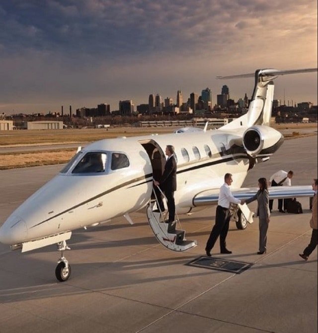 - PRIVATE jET CHARTER