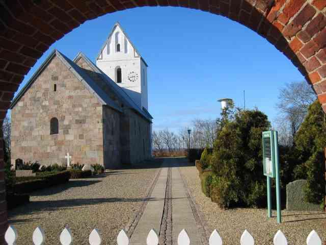 Velling Kirke i Ringkøbing.