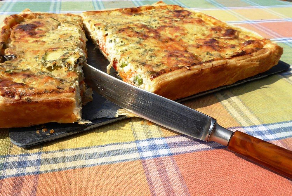 vegetable-cake-1360667_1920.jpg