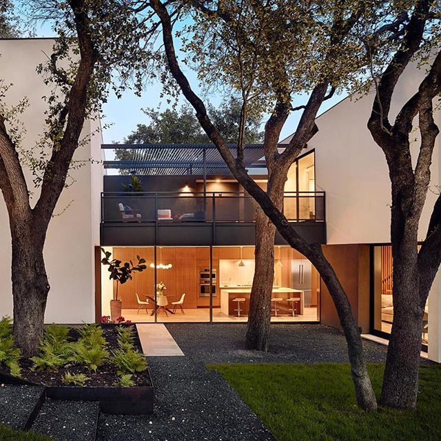 Exterior of our #westlakemoodymodern project - architecture by @alterstudio and 📷: @caseycdunn . . . . #interior_and_living #austintx #interiorinspiration #interiorstyle #interiorandhome #interiordesigner #interiorlovers #interiorstylist #interiorforinspo #interiorlovers #holidaydecor #interiorbloggers #interiordesign #interiors #interior #style #interiorstyling #interior_design #stylist #homegoods #designworkshop #hygge #cozydecor #decorate #homedecor #moderndesign #interiorstylist #diningroom #scandidesign #hyggeworkshop