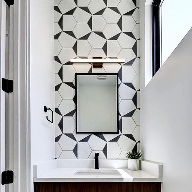 Finally seeing our hex clip combination in the powder room from @clayimports.  Favorite part is how you can lay out this tile in a myriad of patterns @josephbuildersatx . . . . . . . . . #interior_and_living #austintx #interiorinspiration #interiorstyle #interiorandhome #interiordesigner #interiorlovers #interiorstylist #interiorforinspo #interiorlovers #holidaydecor #interiorbloggers #interiordesign #interiors #interior #style #interiorstyling #interior_design #stylist #homegoods #designworkshop #hygge #cozydecor #decorate #homedecor #moderndesign #interiorstylist #diningroom #scandidesign #powderroom