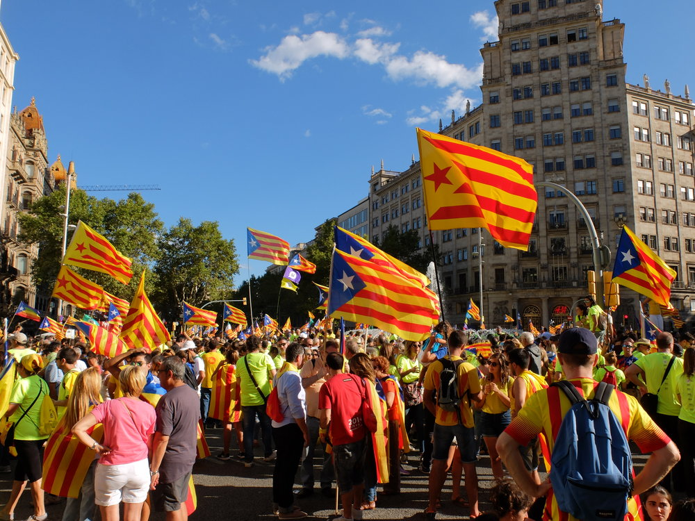 Participants during the demonstrations on  La Diada. Photo by Albert Han