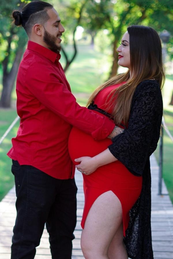 Maternity Photographer in Amarillo