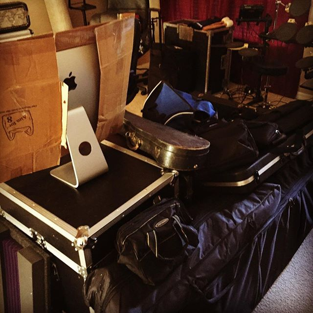 This is what it looks like to pack up your equipment for a move to a new home. .  #randyebishop #musician  #BentleyRecords #music #singersongwriter #americana #guitar #swing #blues #recordingartist #countrymusic #taylorguitars #departingline #hazeleyesmgt #musicismylife #packyourgear #move #moving #equipment #timetogo