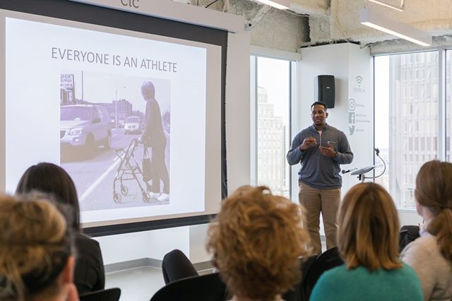 At @strongprocess, we believe that everyone is an athlete. Whether you're training for marathons or just getting yourself across the street. This was one of our favorite April panelists speakers, Brandon Yates and he had everyone walking with a purpose at the end of the day! Being an athlete means physical health, and also mental health. Come learn how movement strengthens both on November 3. ⠀⠀⠀⠀⠀⠀⠀⠀⠀ .⠀⠀⠀⠀⠀⠀⠀⠀⠀ .⠀⠀⠀⠀⠀⠀⠀⠀⠀ .⠀⠀⠀⠀⠀⠀⠀⠀⠀ .⠀⠀⠀⠀⠀⠀⠀⠀⠀ . #MOVE #EAT #REST #athlete #everybodyfights #scicomm #conference #wellness #exercise #physicalactivity  #lululemon #novemberproject #novemberprojectboston #mindful #mindfulness #boston #science #yoga #muscle #healthybody #newenglandhealth #bostonwellness #healthymind #everybodyfights #bostonfitness #fitfam #eathealthy #wellnessjourney #wellnessexplained  #strongprocess