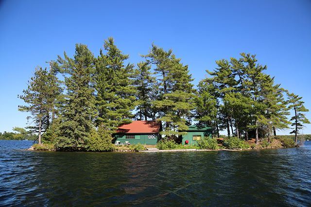 New Listing 🌿 Oak Island on #bigrideaulake A private island with vintage charm. Oak Island floats in the heart and excitement of Big Rideau Lake near Col. By Island. The entire island is picturesque in every direction, blanketed in a carpet of pine needles, towering trees above and surrounded by excellent deep water with a permanent protected dock on the north side of the island. All the buildings on the island are quaint, vintage and perfectly appointed for ideal cottage living...clean and move in ready with everything needed. The main cottage has a spacious living room with a fireplace, large dining area, kitchen and bedroom. Next door is a sleeping cottage with twin beds and a storage shed on back, there are two additional sleeping cabins and a bath house. Go back in time....power down....relax and recharge at Oak Island. $309k MLS # 1115756
