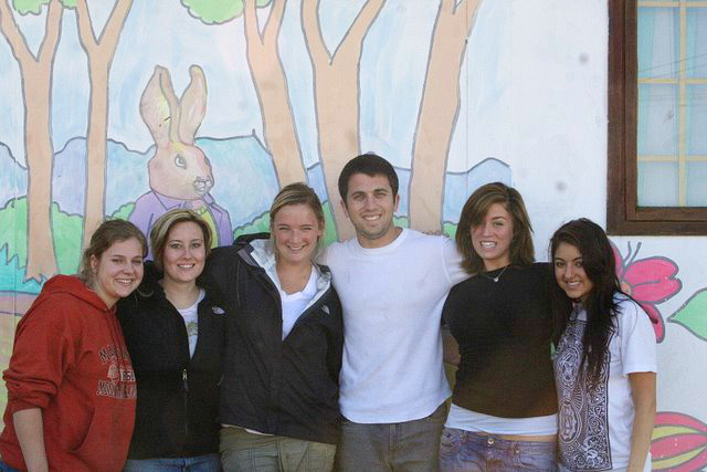 (Dustin and his fellow volunteers in Cape Town, South Africa – 2007)