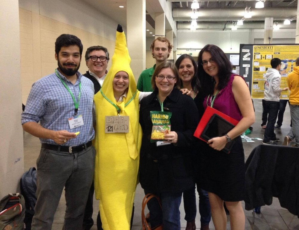 (L-R): Rene Valdez, David Berube, The BananaGuard rep, Barry Peddycord III, Jennifer Baltzegar, Elizabeth Pitts, Johanna Elsensohn. Photo Credit: David Berube.