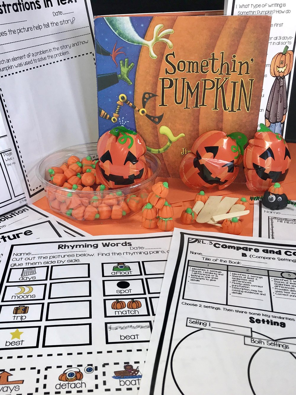 Makerspace Moments in Literature: Halloween {Somethin' Pumpkin}