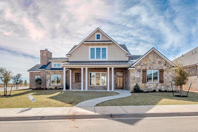 This house is something special with its craftsman inspired front elevation! . Call me today to go see it! (210) 965-0987 . Click this link for more information: http://ow.ly/hfOP30j2kU9 . 3801 137th St. Lubbock, TX 79424 MLS #: 201708864 Listing Agent: Rod Reynolds . Tyler Rakowitz, REALTOR® Residential Specialist . The Texas Real Homes Group at Wyatt Realty #lubbock #texas #realestate #lubbockhomes #texashomes #dreamhome #texasliving #texastech