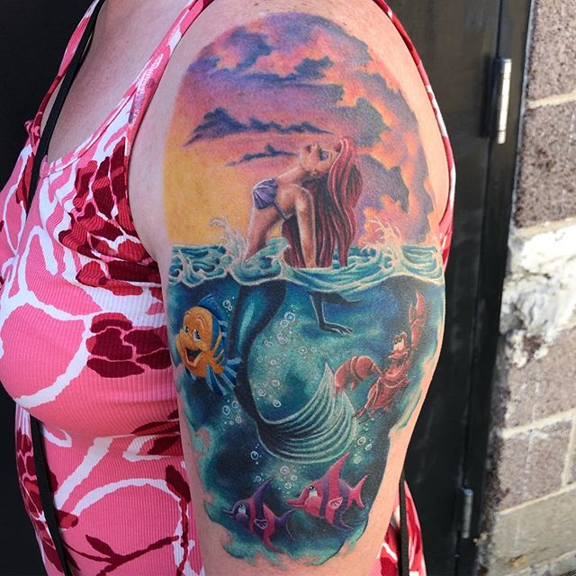 It's Ariel! Fun #littlemermaid #tattoo I got to make awhile back mostly healed a little fresh . Thanks for lookin😋 #heavydutytattoo #ogdentattoo #littlemermaidtattoo #utahtattoo #colortattoo #disneytattoo #ogden #brandonlewismachines #utah #scottrichardsontattoos #disney