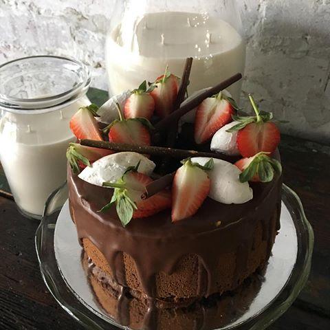 Chocolate on Chocolate - Super light sponge like chocolate chiffon cake, with fresh strawberry and coconut creme. Chocolate cigar decoration.