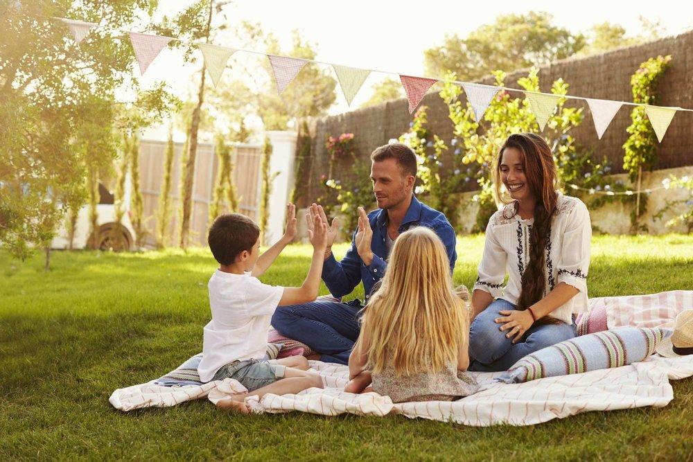 family picnic small (1).jpg