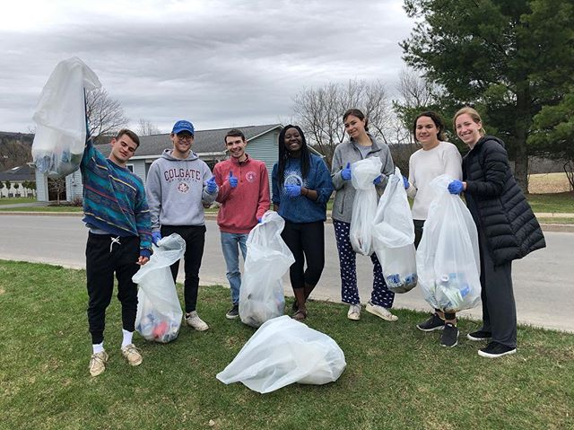 happy sunday folks!! today, sga started off the morning after spw right with a little neighborhood cleanup!! special thanks to EAC chairs Jinui Thomas and Ryan Zoellner for organizing this fun way to give back to the community after a wild weekend!!