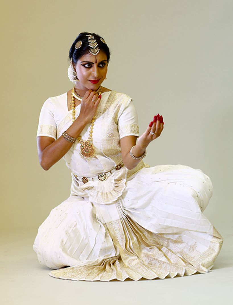 Kunti - option 4 - White costume neutral.JPG