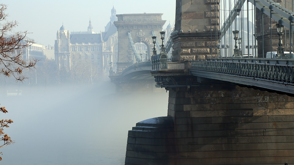 budapest-2067977_960_720.jpg