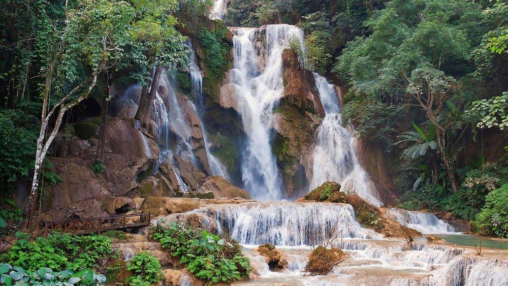 itinerary_lg_1Laos-Luang-Prabang-Kuang-Si-Falls-Waterfall.jpg