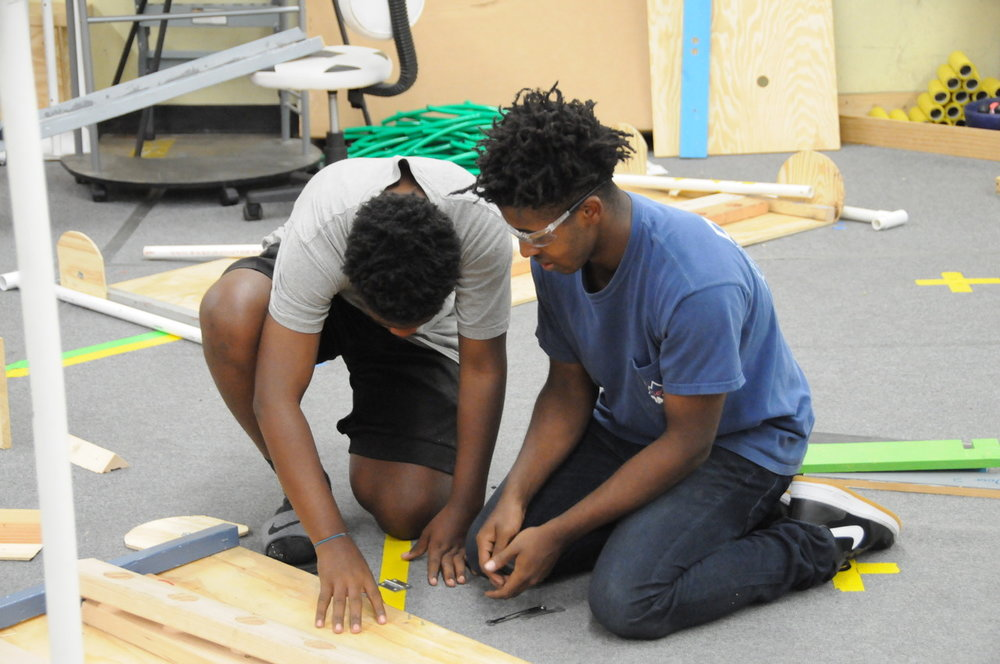 DARC Engineers measuring the field