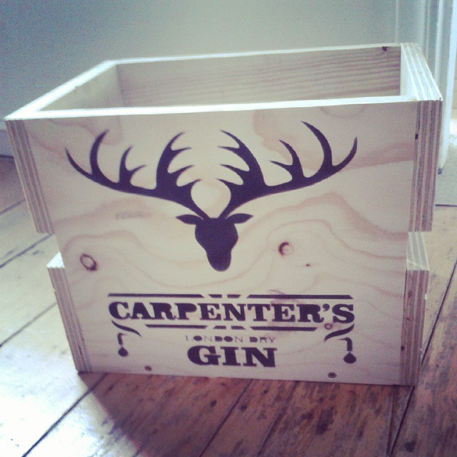 CarpentersGinCrate