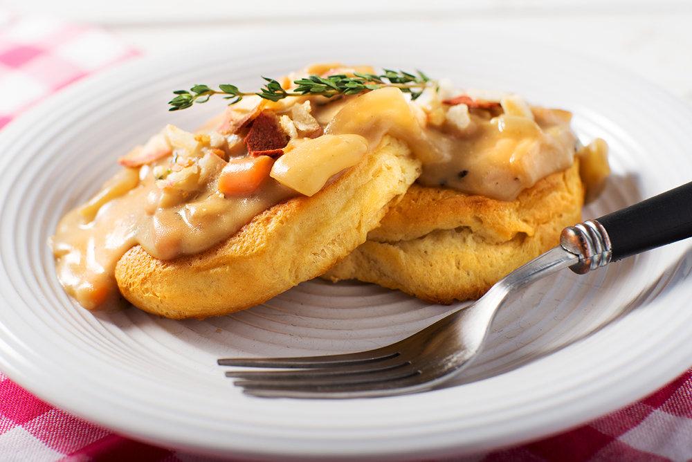biscuits gravy.JPG