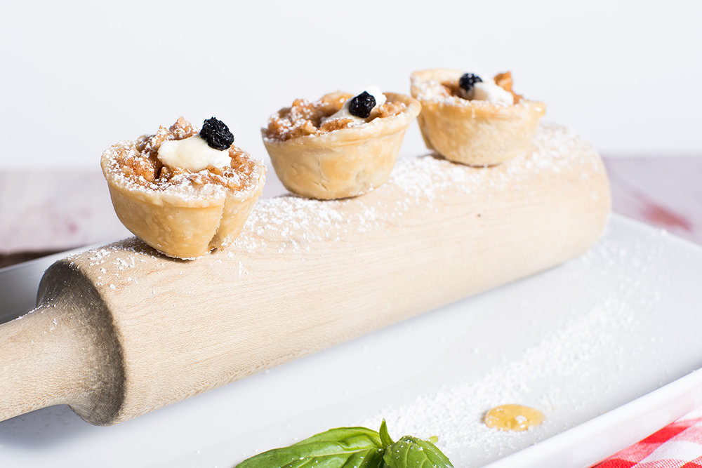 apple tartlets-lg-2 (1 of 1).jpg