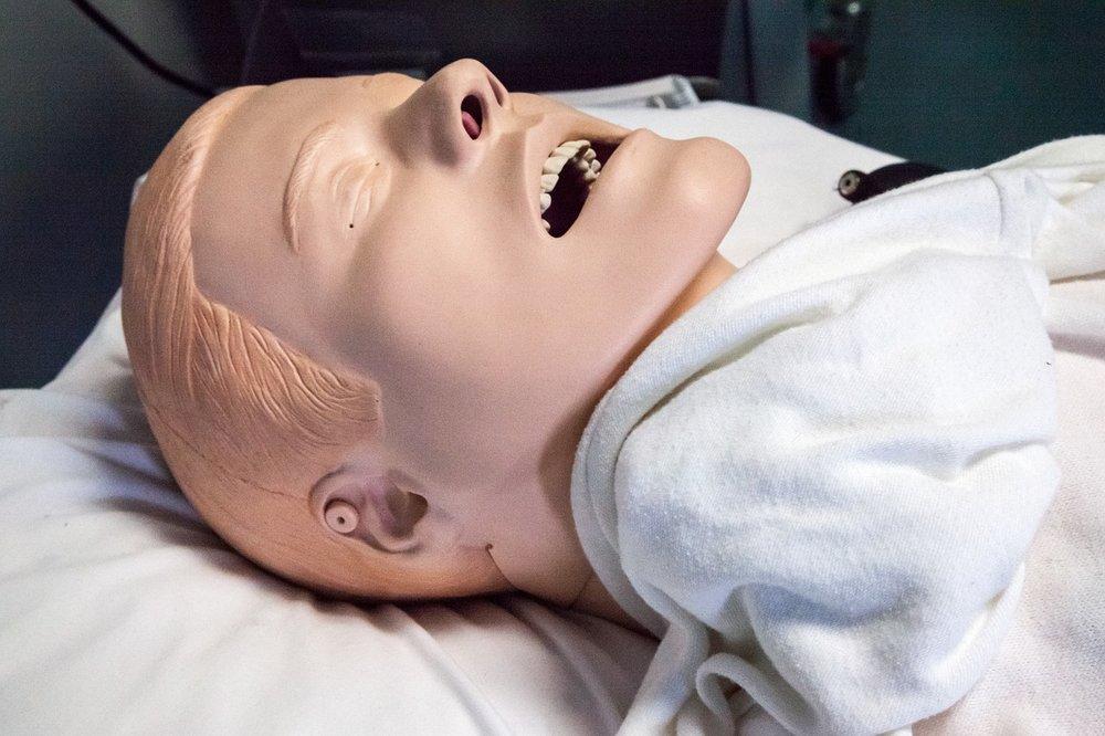 paramedics-doll-1142270_1280.jpg