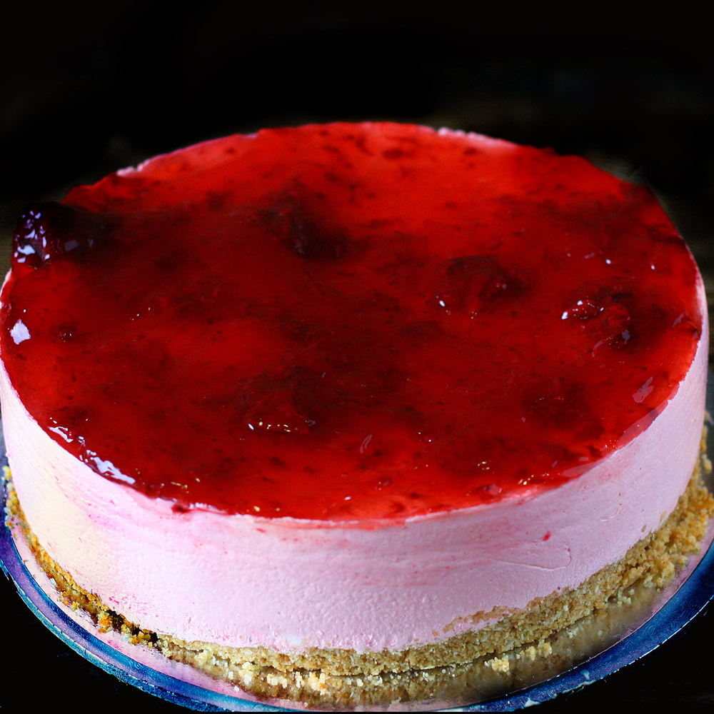 Strawberry Chilled Cheesecake - Whole: $24.90 / Half: $14.00