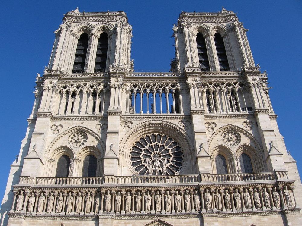 My photo of the west façade of Notre-Dame de Paris on Easter 2007.