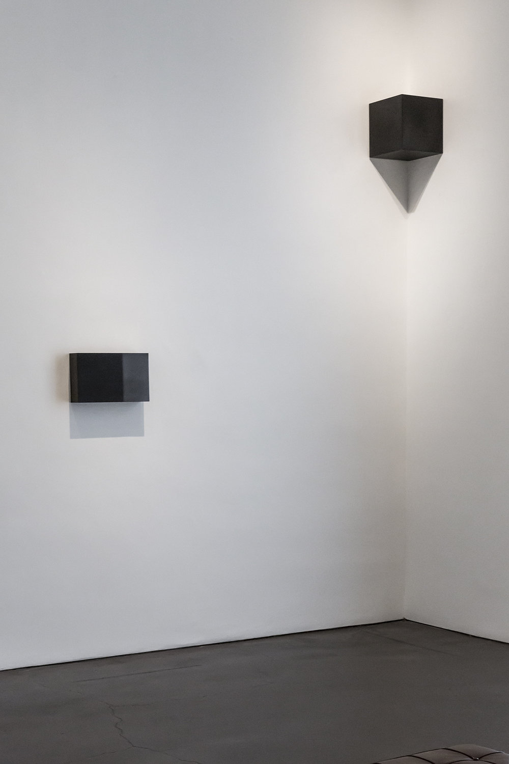 Carbon: Susan York (installation view, Georgia O'Keeffe Museum, 2016)   Double Golden Mean: Merged (foreground)   Corner Cube (background)
