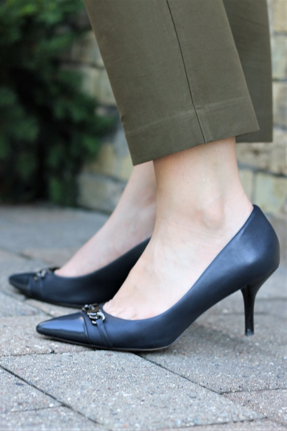 Olive & Navy | A Match Made in Heaven (for the Office) | Work & What She Wore