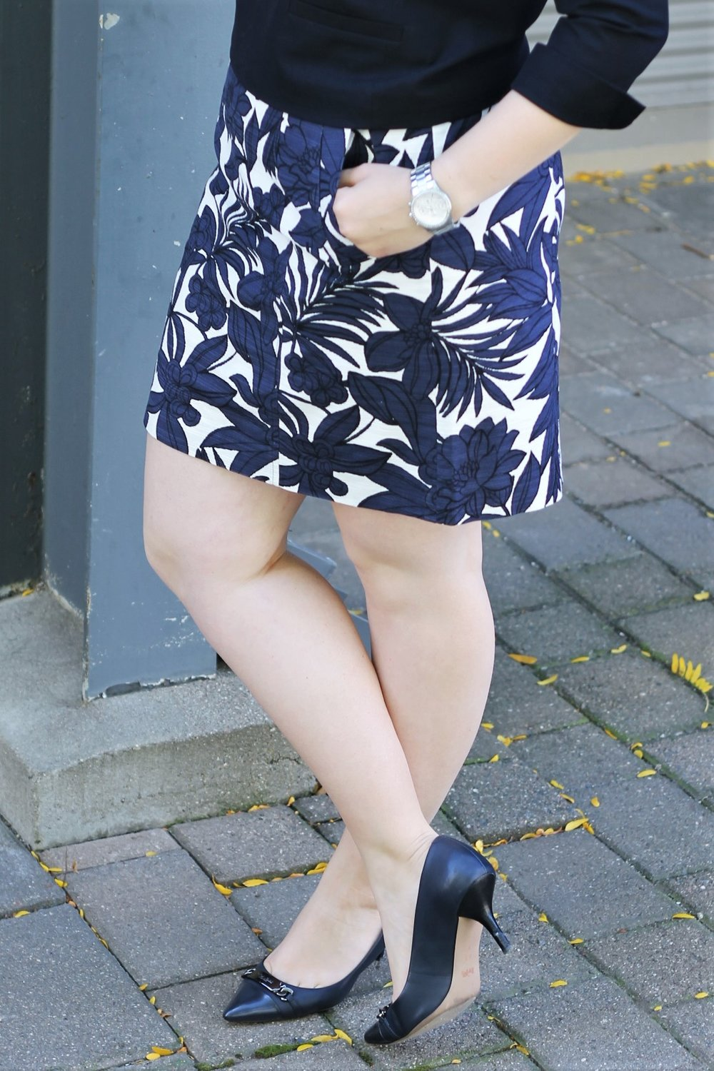 All Navy with a Patterned Punch for Corporate Chic | Work & What She Wore