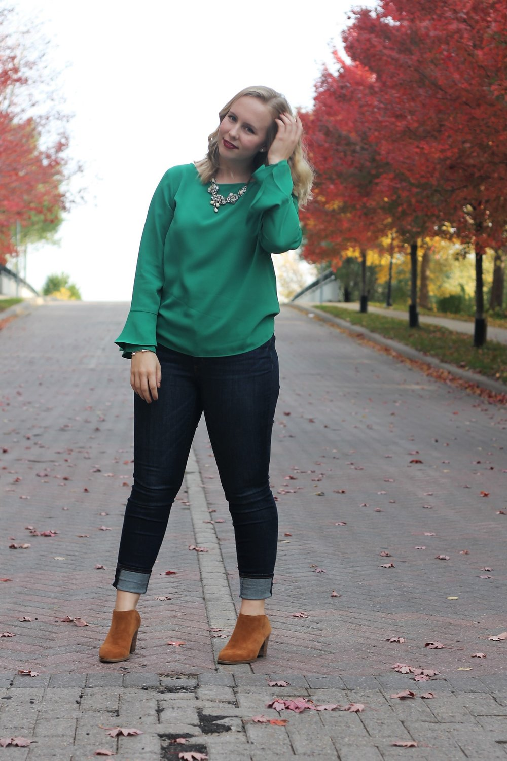Snappy Casual | Kelly Green and Denim | Work & What She Wore