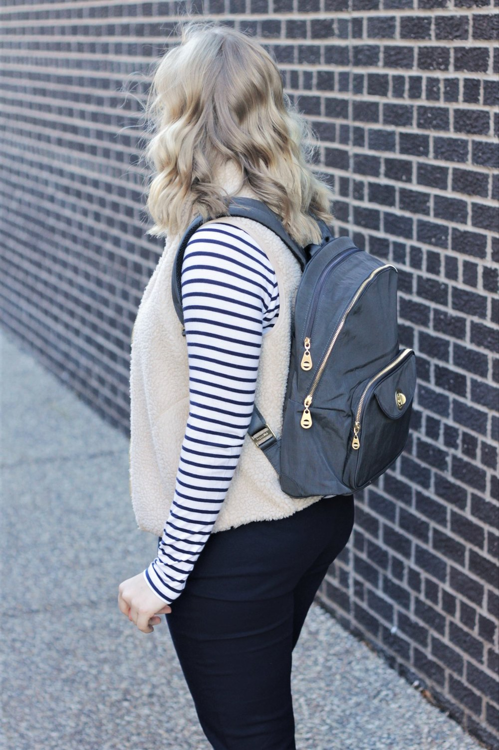 Review | Baggallini for Work with Stripes | Work & What She Wore