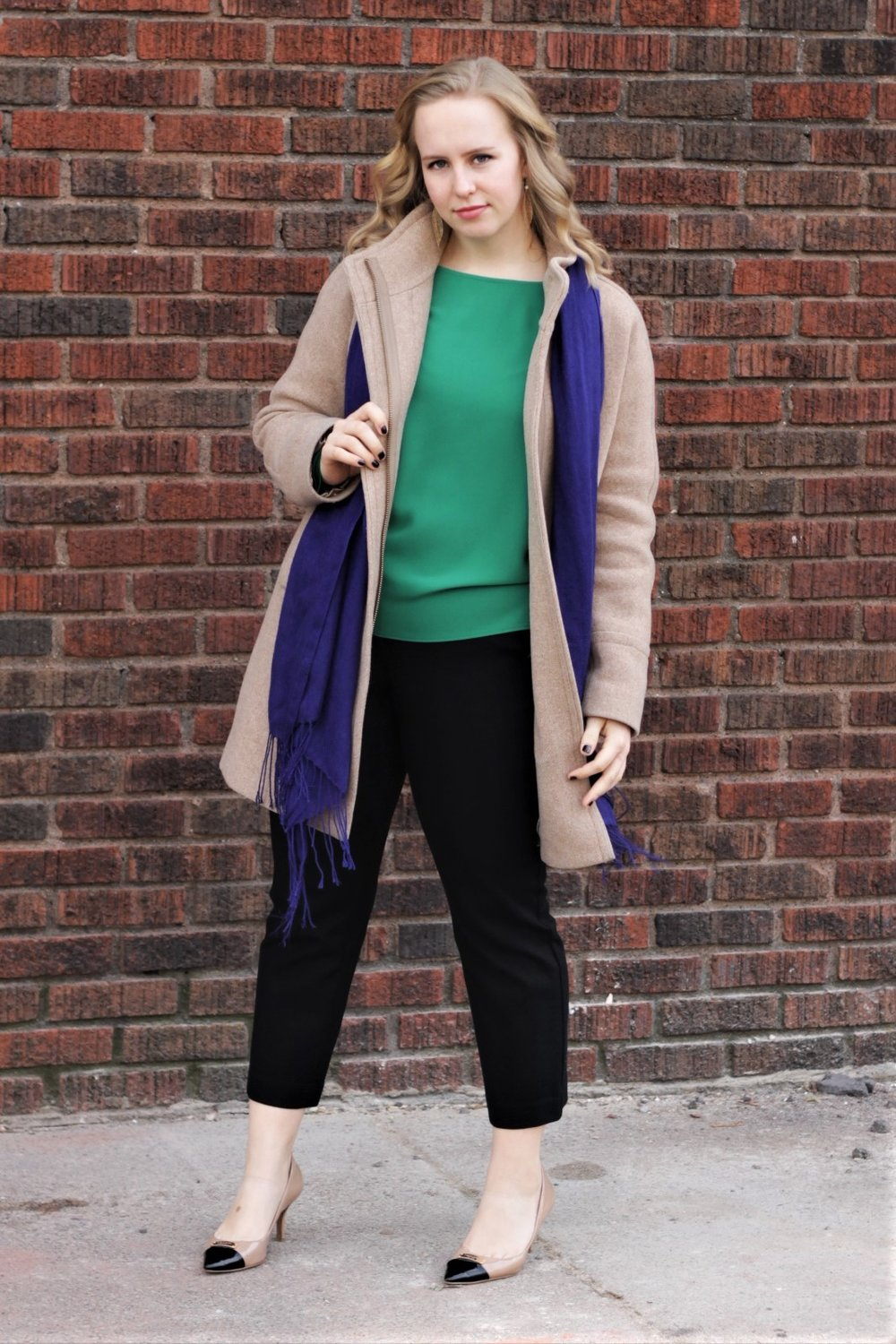 Ready for Winter | Camel Jacket & Kelly Green | Work & What She Wore