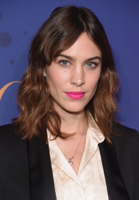 Alexa Chung summer fashion